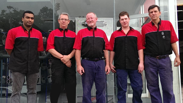 bowen-hills-exhaust-team-photo